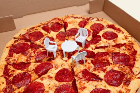 3.PizzaPatioChairsBox.2.aug2018-use
